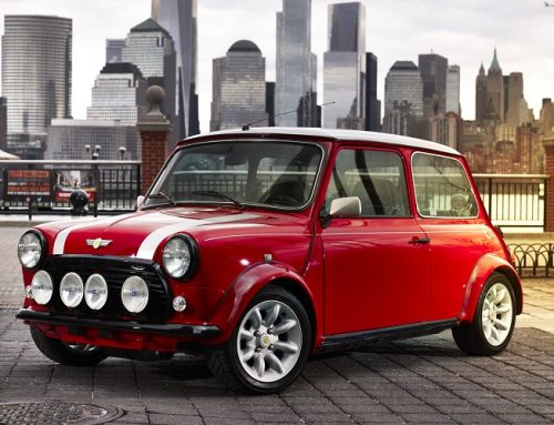 MINI LOOKING BACK TO THE PAST WITH THIS THE ALL-ELECTRIC CLASSIC MINI. New car news blog.