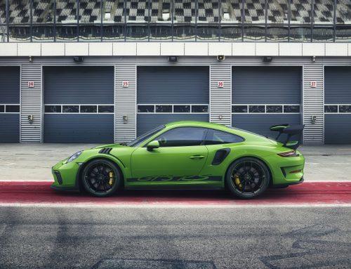 NEW PORSCHE 911 GT3 RS. New car news blog.