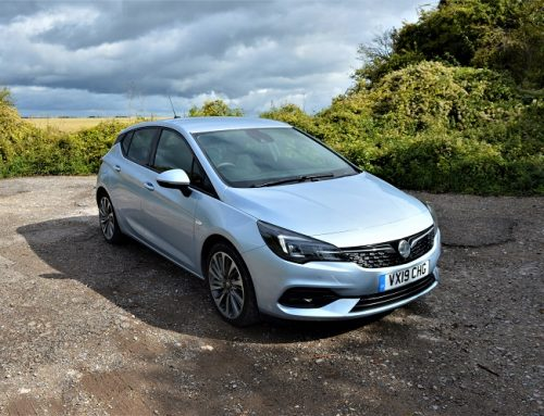 UPDATED VAUXHALL ASTRA. Short new car review.