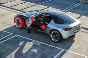 Vauxhall GT concept door open