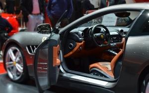Ferrari GTC4Lusso inside