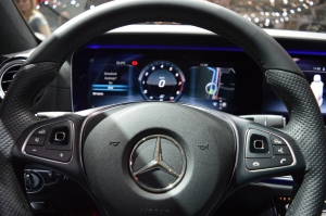 Mercedes Benz E Class 400 Steering Controls