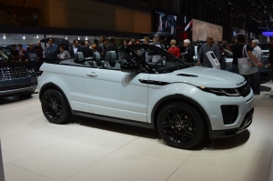 Range Rover Evoque convertible side and front