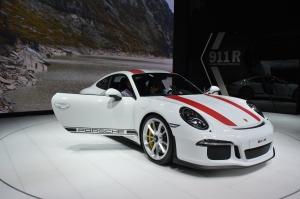 Porsche 911 R front Geneva 2