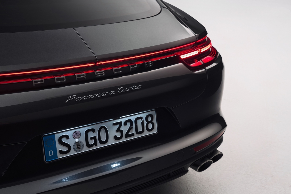 Porsche Panamera rear LED