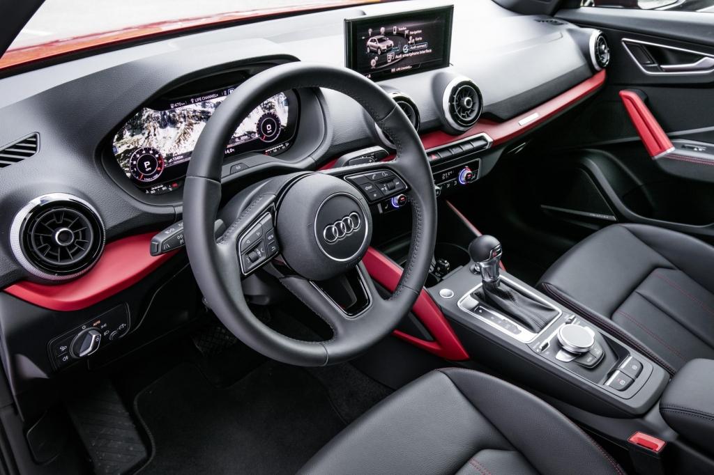 Audi Q2 dash