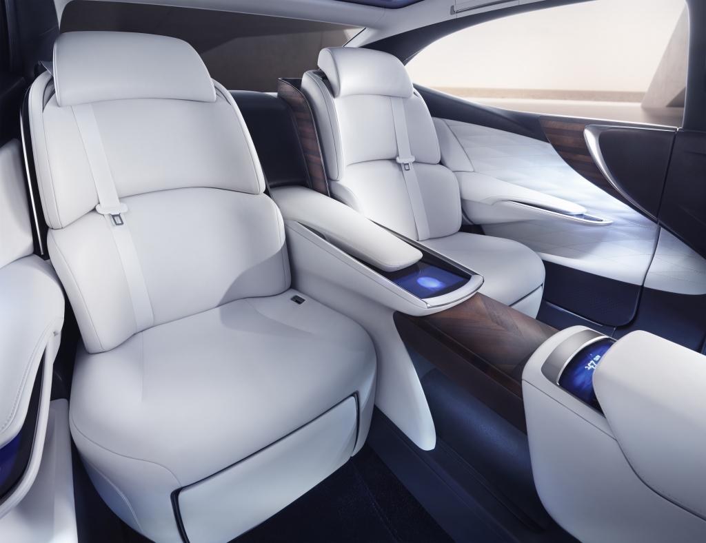 Lexus LF-FC Concept car rear seats