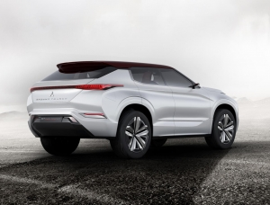 Mitsubishi gt phev concept rear