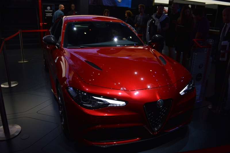 the new alfa romeo giulia uk starting price and paris autoshow blog webloganycar. Black Bedroom Furniture Sets. Home Design Ideas