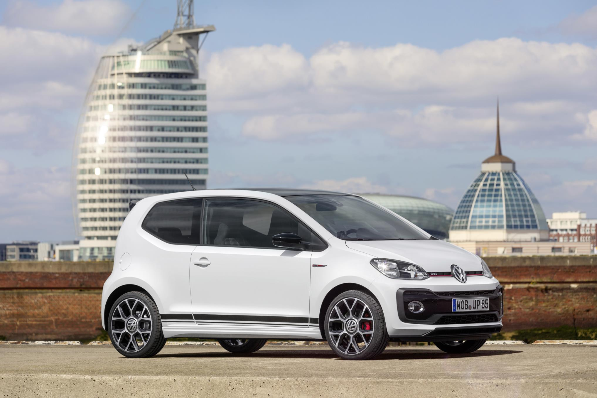 new vw up gti its following in some big footsteps webloganycar. Black Bedroom Furniture Sets. Home Design Ideas