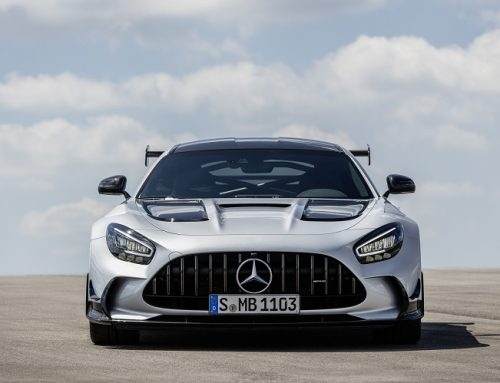 THE NEW MERCEDES-AMG GT BLACK SERIES ON THE ROAD PRICE. New car news.
