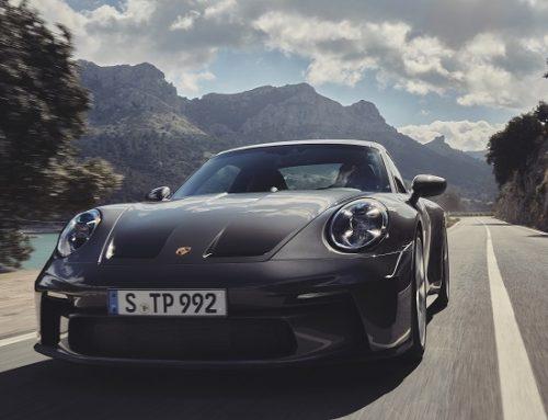 NEW PORSCHE 911 GT3 TOURING PACKAGE. New car news.